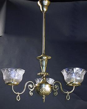 3 Light Gas Chandelier With Cherubs
